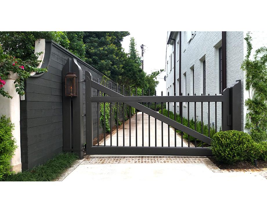 Reba gate